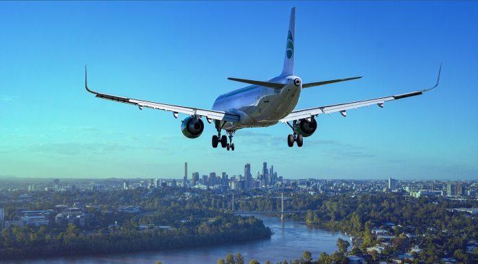 איך מתגברים על פחד מטיסות?